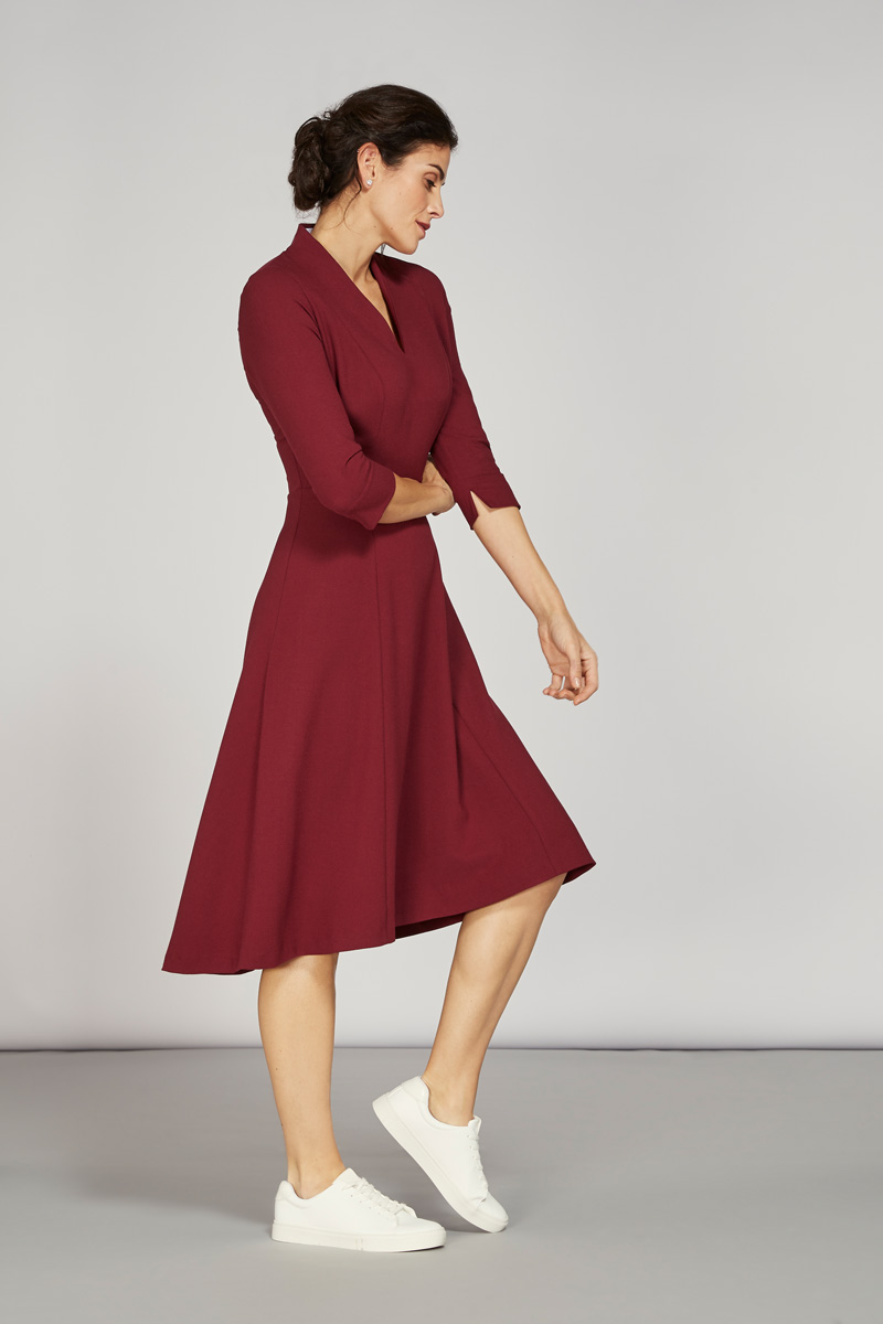 Alice Fawke - bust friendly dress - Thea dress maroon
