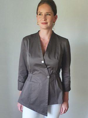 Cotton jacket for fuller busts, cotton jacket, fuller bust jacket, DD+ jacket